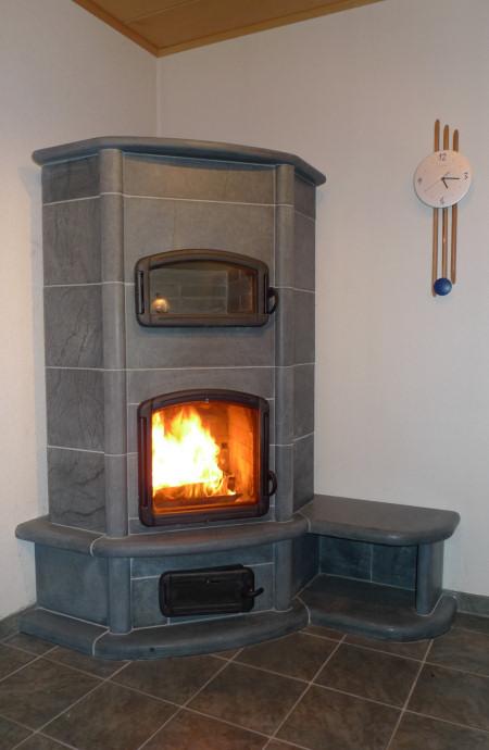 kaminofen mit sitzbank moderne wohnzimmer mit kaminofen images kaminofen modern kaminofen mit. Black Bedroom Furniture Sets. Home Design Ideas